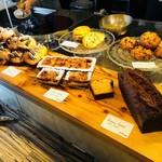 モンディアルカフェ328 - 魅力の手作り焼き菓子!