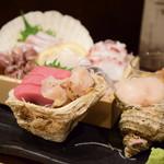 魚がし厨房 湊屋 - お刺身三点盛り@1,480円+税