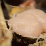 魚がし厨房 湊屋 - 【お刺身三点盛り@1,480円+税】帆立