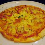 kitchen @ease - トマトとWチーズのシンプルピザ