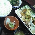 8390455 - 599円の和膳ランチを…今日はマグロの竜田揚げ。