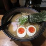 麺屋 武一 - 濃厚鶏白湯そば 味玉