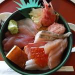 シーフードレストラン うおっせ - 海鮮丼3