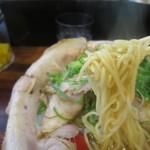 らーめん2国 - みそチャーシューらーめん、麺はデフォルトの細麺