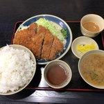 三州屋 - 味噌ジャンボとんかつ定食(ロース) ¥1700