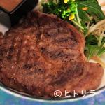 旬菜リビング キョーヤ - 上質で油まで甘い肩ロースを、グリルパンで焼き上げていく『千葉産 黒豚の網焼き(和風ソース)』