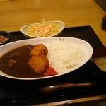 日乃本食堂 - 鮪メンチカツカレー 700円くらい