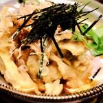 吉祥寺 三うら - 揚出し豆腐と季節野菜の素揚げ