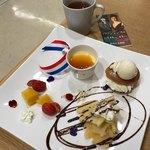 セタビカフェ - 料理写真:パリジェンヌ展コラボメニュー「パリの夢」ドリンク付きで税込み千円。