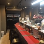 豪虎担々麺 - 料理写真:店内カウンター10席