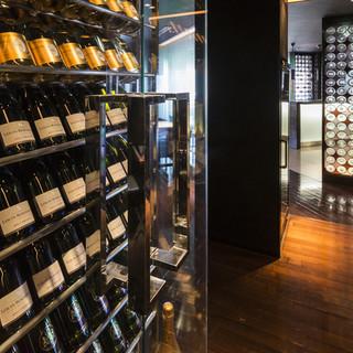 ソムリエ厳選ワインで料理とワインが織りなすマリアージュを堪能