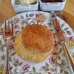 オーク・ハウス - 料理写真:スコーン、クロテットクリーム