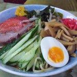玉蘭 - 冷し麺のアップ。 和風のしょうゆだれは、普通の冷し中華とは一線を画します。
