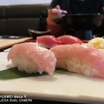 横濱屋本舗食堂 - 生本鮪大トロ握り