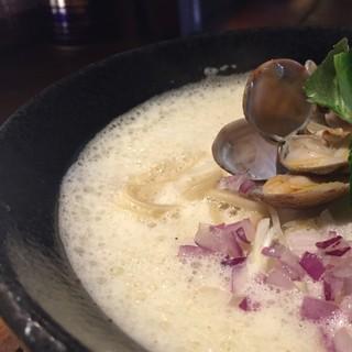 じゃジャ旨 - 料理写真:【販売終了】トリプルスープの貝ラーメン 泡仕立て