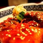 個室焼肉 晩翠 - キムチの盛り合わせ