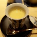 鮨 真 - 海鼠腸茶碗蒸し