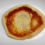 手作りパンのお店 アンダンテ - ゴーダチーズのコロッケぱん¥150-
