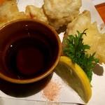 魚寅 - 天ぷら(たこ) 180円