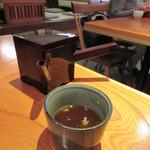 丸一そば屋 - サラサラの蕎麦湯