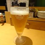 別府手ごね冷麺 ふくや - グラスビール 一口飲んだところです・・・