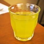 ジェラート専門店 SUGITORA - 冷たい緑茶