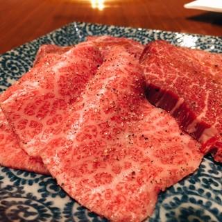 美味しいお肉を、少しずつ色々食べたい