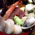 菊寿司 - タコとエビとカニが高さを競うほど