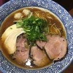 Menyajikon - 料理写真:特製芳醇醤油鶏そば 1010-