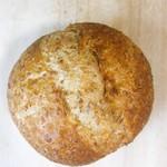 墨繪パン - ハーフつぶ麦パン