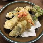 ひらまつ食堂 - 天ぷら盛り合わせ