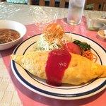 レストランデリス - 料理写真:オムライス 800円