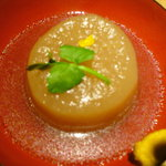 根菜屋 - 料理写真:3日かけて仕込んだ大根 150円 冬には刻み柚子が