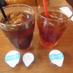 ワイアードカフェ ニュース - アイスコーヒー & アイスティー 各518円