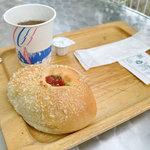 パン工房 シャルドン - カレーパン(140円)