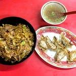 泰養軒 - 料理写真:カレーヤキメシスタミナがけ ギョーザ