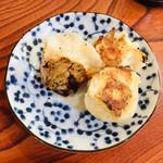 五芳厨 - 丸くて可愛い餃子の皮もママの手作りですよ