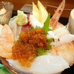 83995608 - 「バレル丼」850円