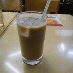 アジア料理・インドカレー ハヌマン - ランチのセットのアイスチャイ