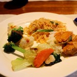 THE SIAM HERITAGE TOKYO - 炒め物、パッタイ、レッドカレー