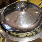 84020386 - メインのライスは蓋付きの別皿で出て来ます…(笑)
