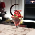 84024406 - 【黒】苺とダークチョコレート☆