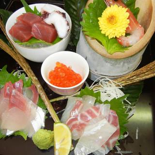 淡路島で取れた新鮮な魚と、牛肉も淡路島産を使用♪