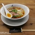 ラーメン ドゥエ エド ジャパン - 醤油らぁ麺
