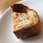 デッサン プリュス - ドライトマトを練り込んだパン