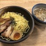 84035670 - みそつけ麺(880円)