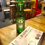 活海老バル orb - 「瓶ビール」(通常価格:490円)。『ちょい飲み手帖』では、490円までのドリンクを選択。