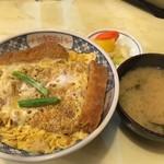 あけぼの - カツ丼