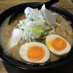84041719 - 麺や 一揆 「塩ホルメン+玉子」