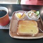ニーゴー カフェ - D&450円トーストモーニング